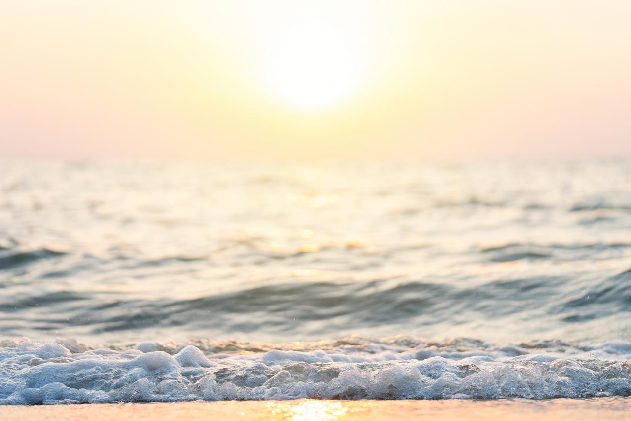 opgaande-zon-zee